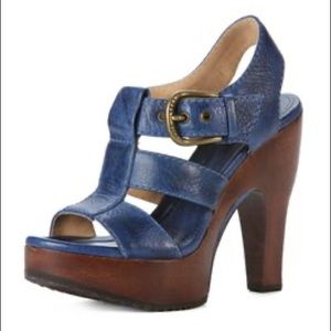 FRYE Tamara Buckle Leather T-Strap Heels in Blue